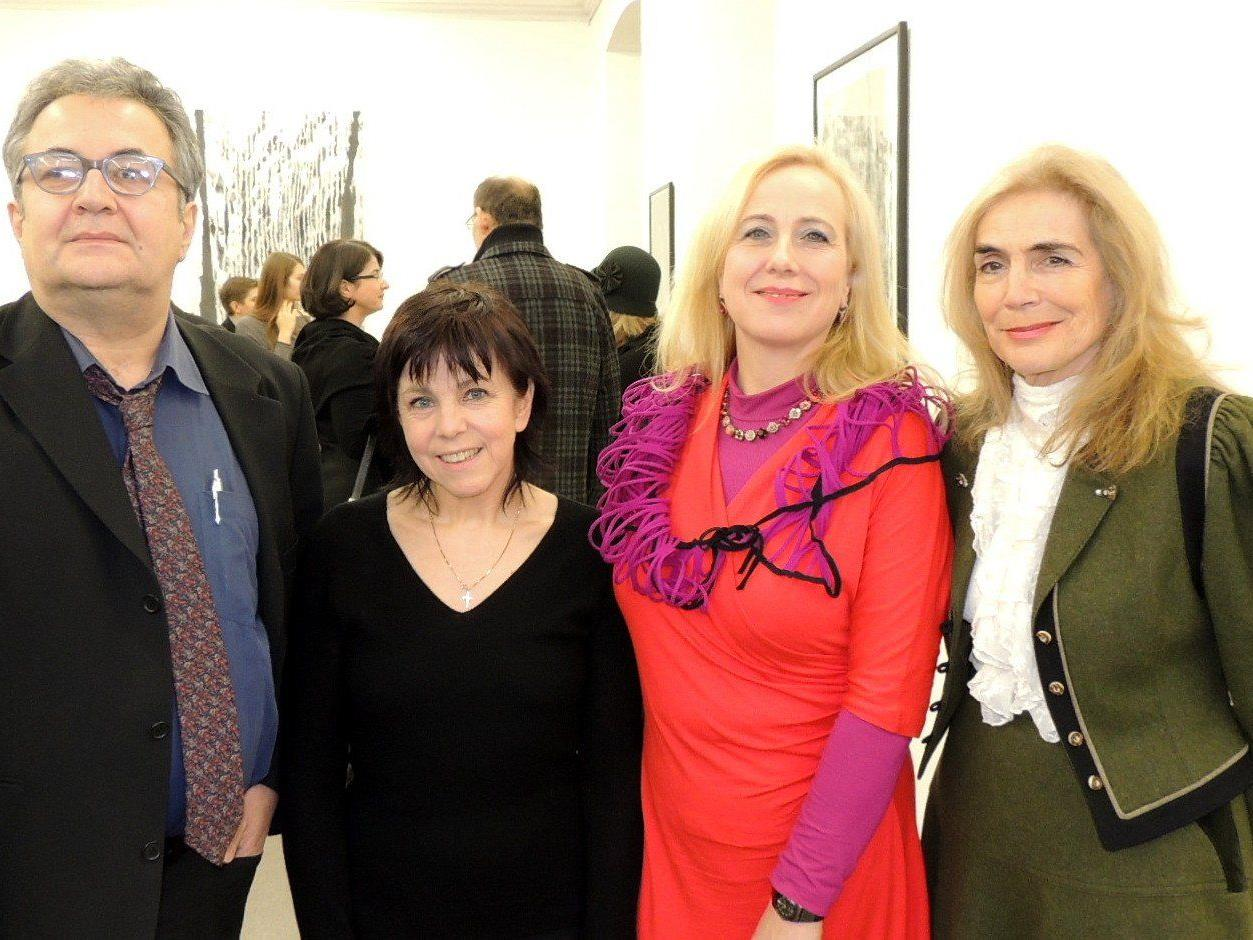Rainer Rainer, Margit Krismer, Gerda Haas und Evelyn Rodewald  zeigen ihren Arbeiten im Künstlerhaus