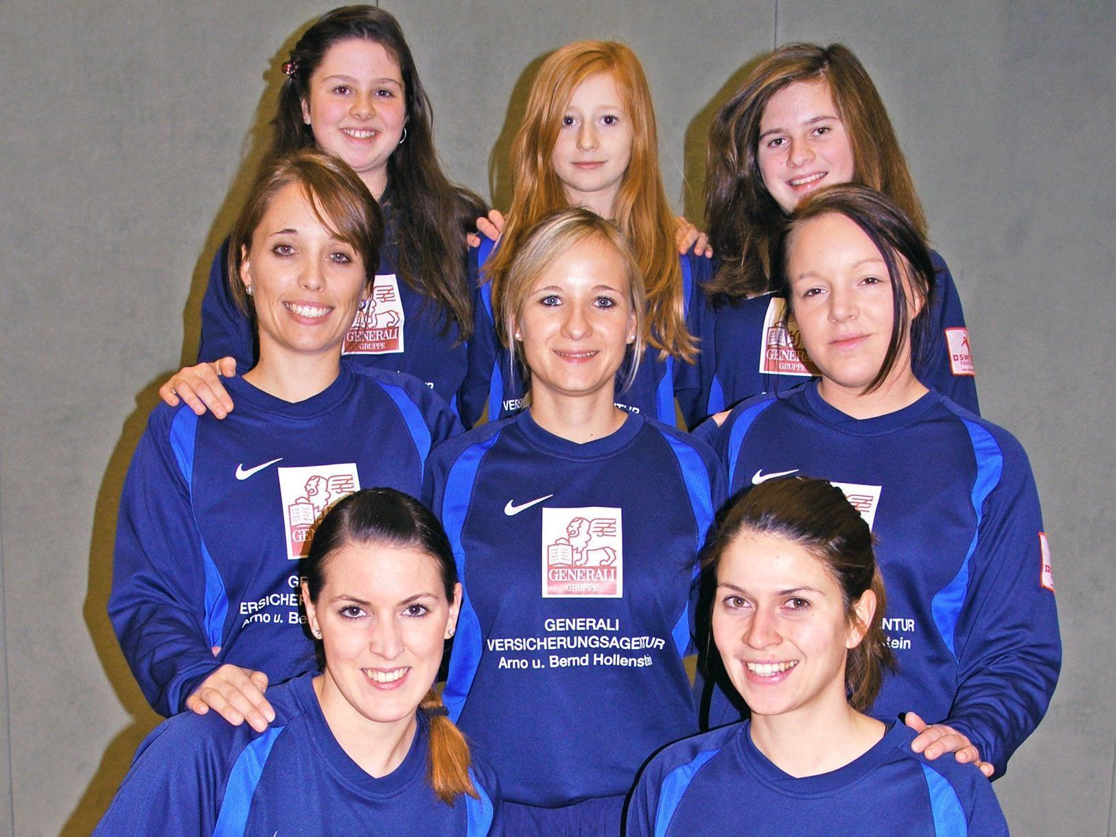 Das Höchster Damen-Faustballteam tritt am 3. Februar in Höchst im Finale an.