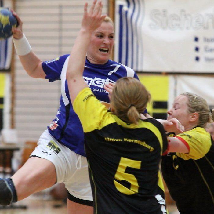 Feldkirchs Leitfigur Martina Strmsek spielt am Sonntag gegen die Welthandballerin Nascimento.