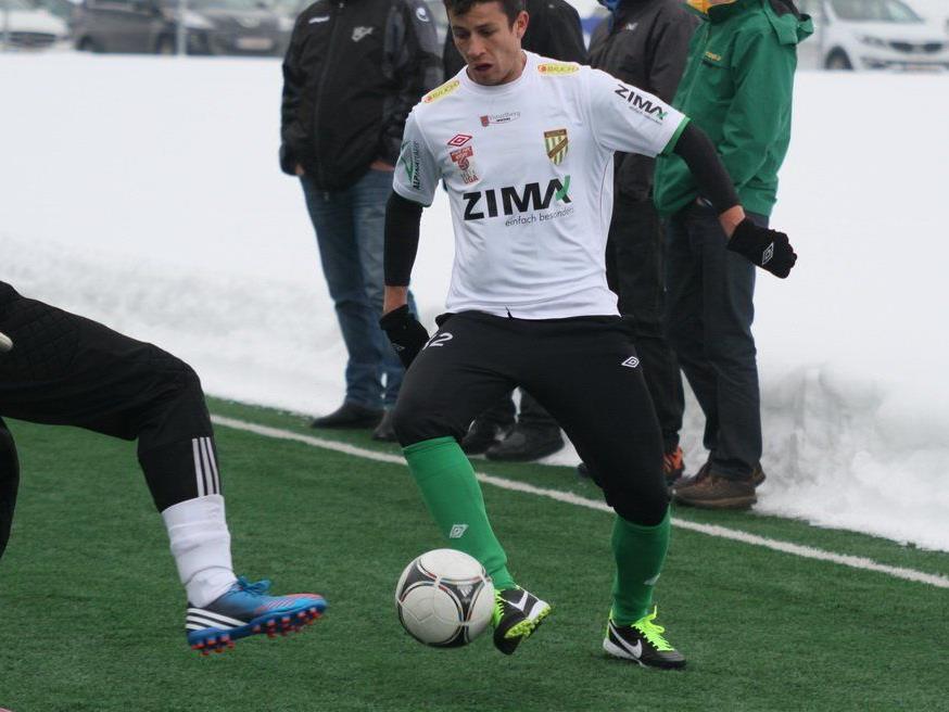 Thiago de Lima schoss das Lustenauer Tor im Test in Karlsruhe, schied dann verletzt aus.