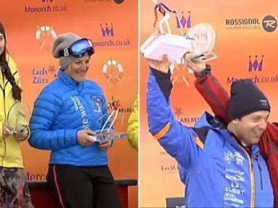 Angelika Kaufmann (linke Seite in blau) und Pepi Strobl (rechte Seite in blau) siegten auch 2013 wieder beim Weißen Ring.