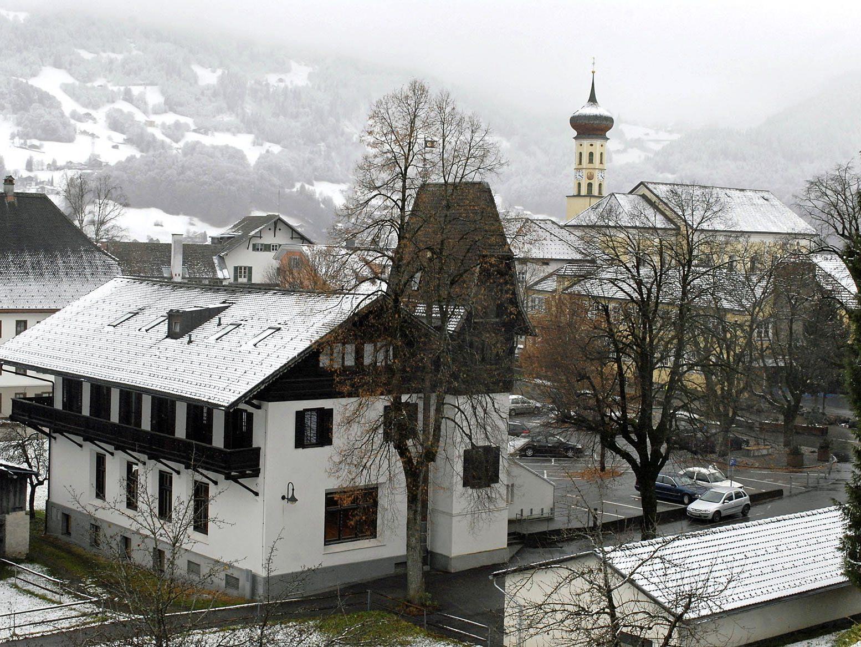 Feldenkrais mit Feldenkraistrainerin Ute Isele-Partl findet im Sternensaal (Pfarrheim) Schruns statt.