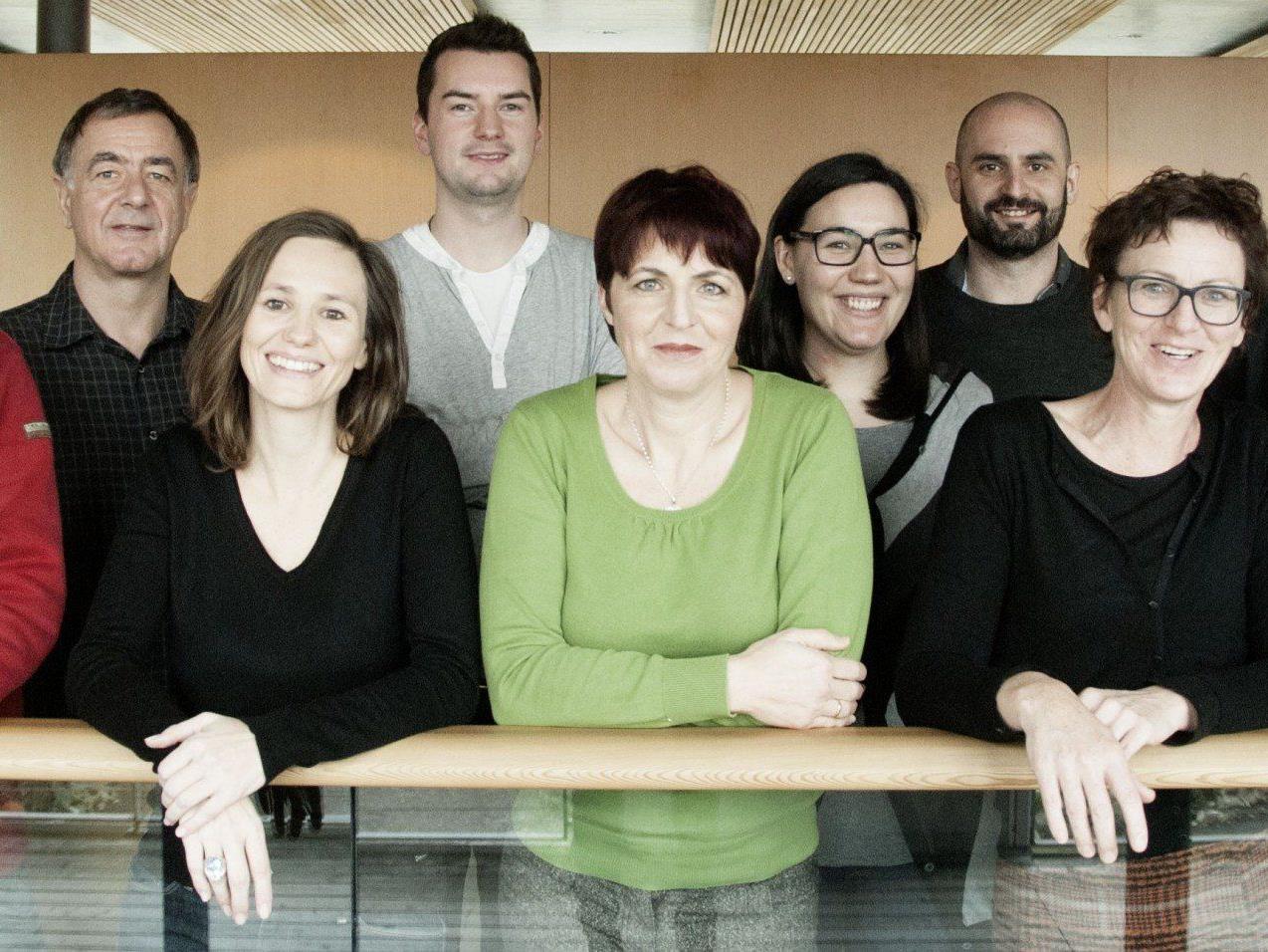 """Das Team von die3 freut sich über sieben Einträge im """"Jahr(buch) der Werbung 2013""""."""