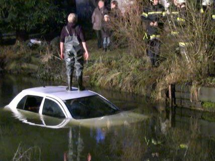 Im Bezirk Krems kam es am 31. Dezember zu einem spektakulären Unfall.