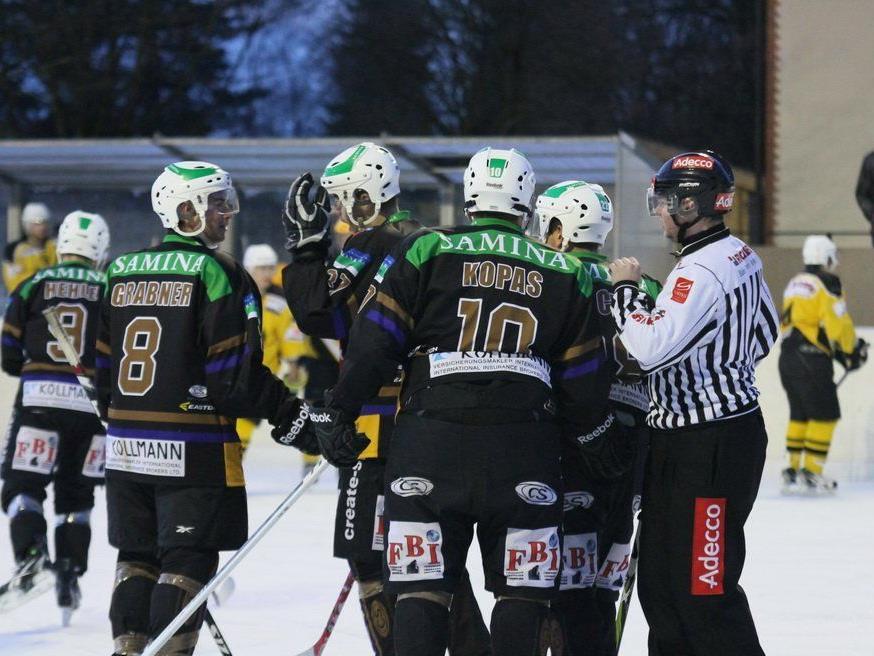 16 (!) Mal durfte der HC Samina Rankweil im Heimspiel gegen Sils jubeln und feierte eine Zweistellige.