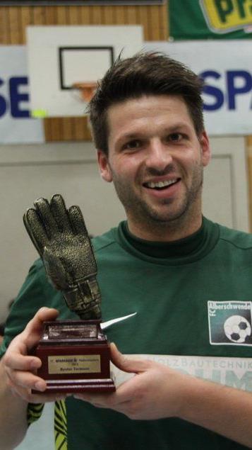 Alberschwende Tormann Rene Morscher wurde zum besten Tormann des Turnieres ausgezeichnet.
