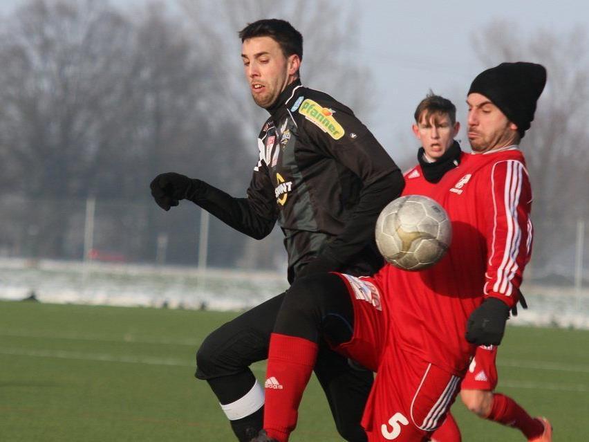 Altach schoss Chur mit 7:0 vom Platz, Legionär Tomi spielte in der zweiten Hälfte.