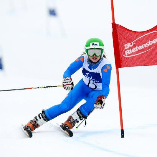 Die Bezauerin Katharina Ratz nimmt beim Junior Race in Kitzbühel teil und will sich gut zeigen.