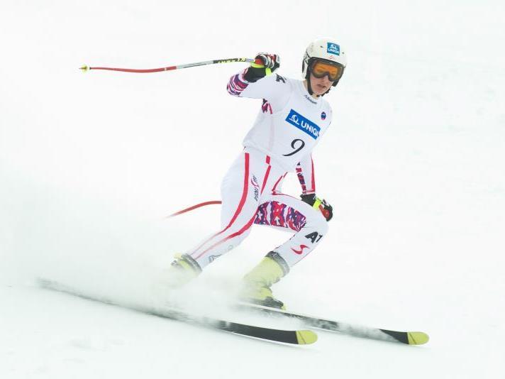Elisabeth Kappaurer aus Bezau holt am Hochjoch die Goldmedaille und darf jubeln.