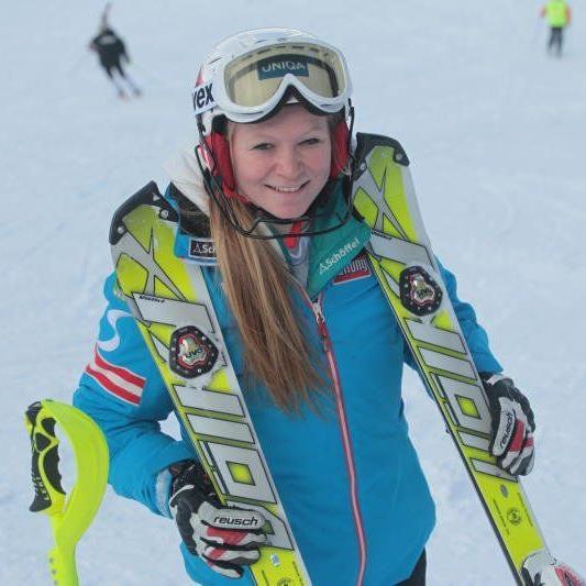 Ariane Rädler aus Möggers wurde im zweiten EC-Slalom am Hochjoch 36igste.