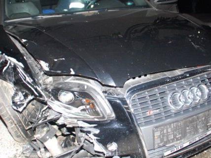 Wie durch ein Wunder wurde niemand bei dem Unfall in der Silvesternacht verletzt.