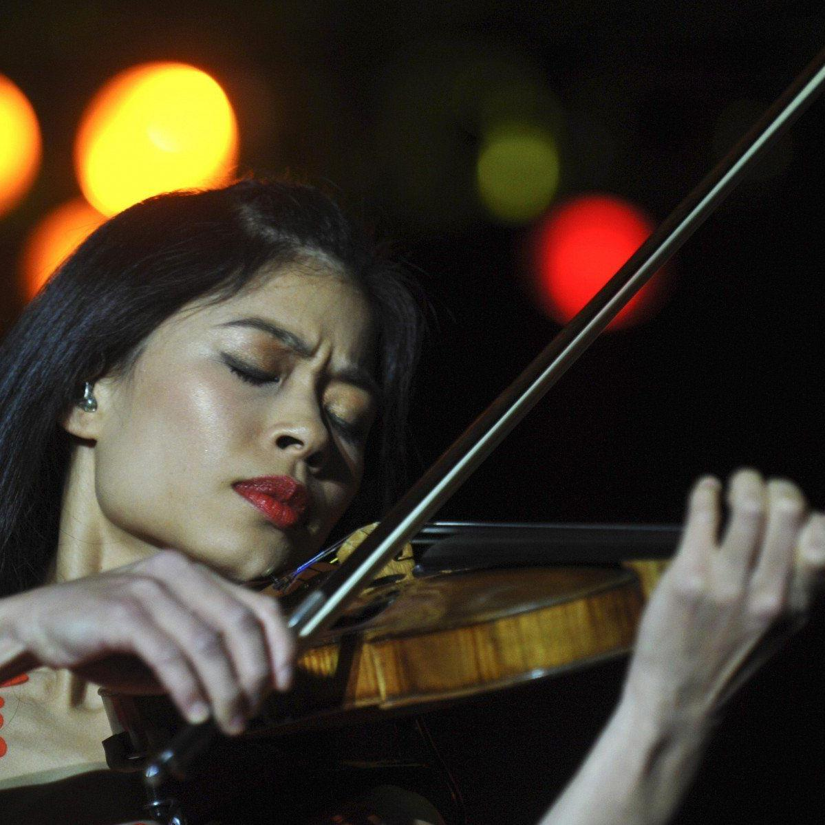 Vanessa Mae macht offenbar nicht nur an der Geige, sondern auch auf Skiern eine gute Figur.