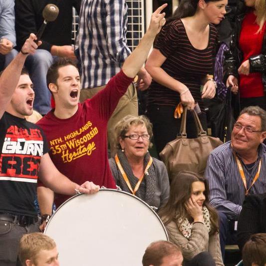 Die Fans vom FC Alberschwende werden am Finaltag für eine Bombenstimmung in Wolfurt sorgen.