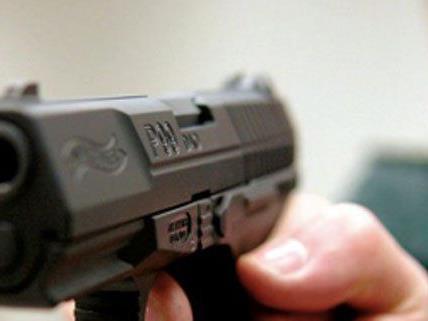 Nach dem bewaffneten Überfall auf eine Bank in Mödling gab es drei Festnahmen