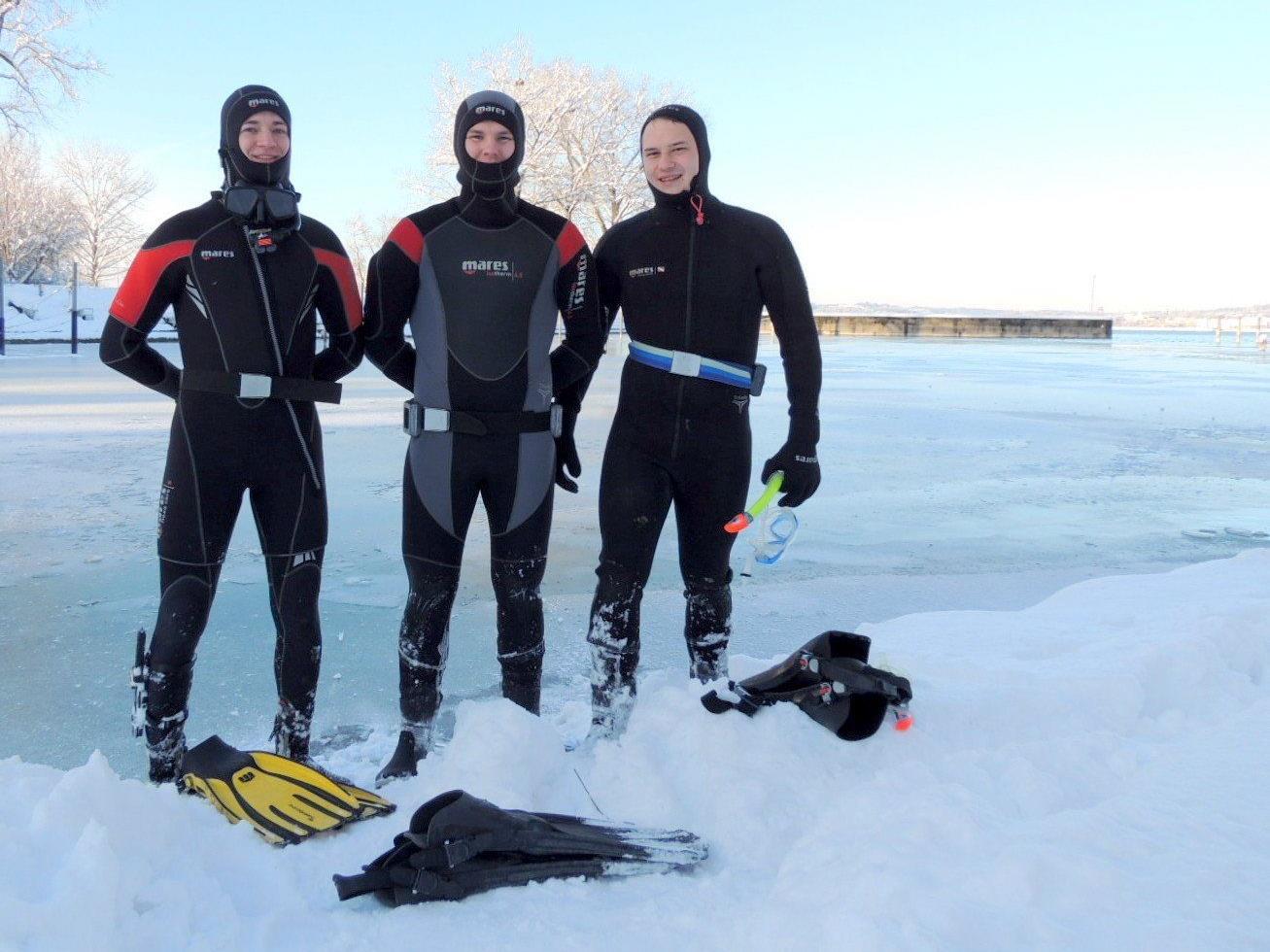 Johannes, Thomas und Brian trainierten den Rettungseinsatz