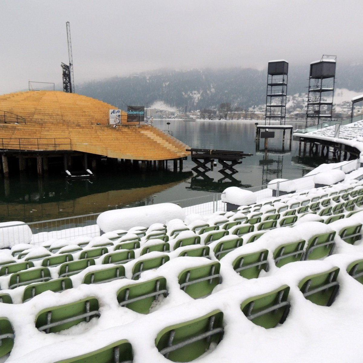 Die statische Auslegung erforderte das Entfernen der Schneemassen