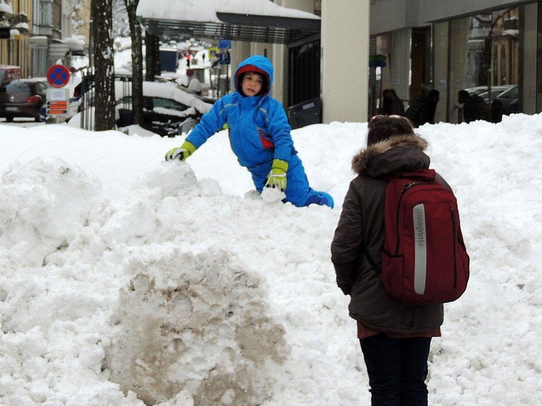 Schon der kleinste Hügel bietet Schneegenuss pur