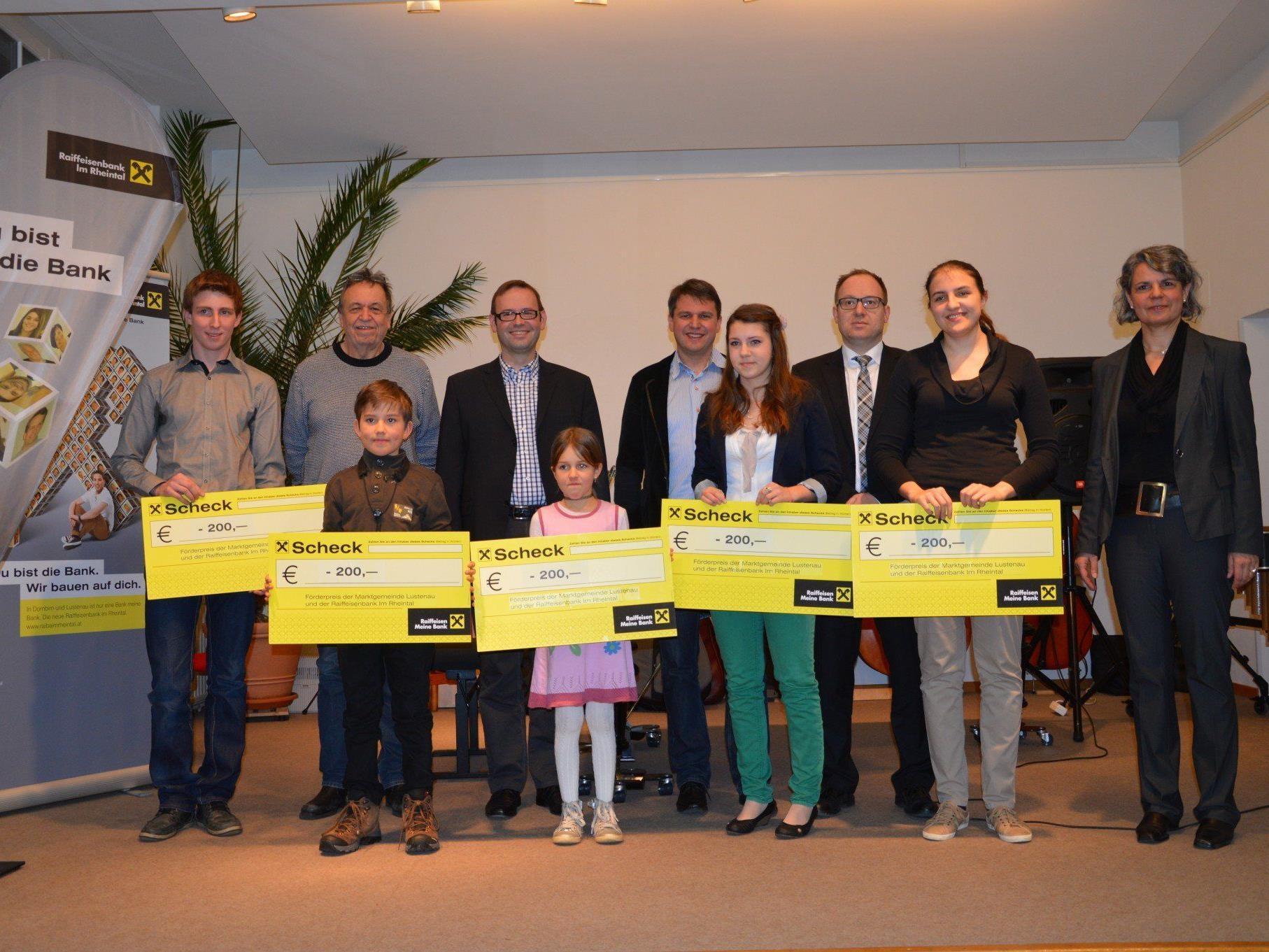 Die Gewinner der ersten Preise beim Förderpreis-Wettbewerb der Rheintalischen Musikschule Lustenau