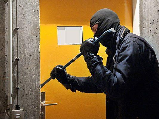 Die Polizei fasste einen Serien-Einbrecher ein Baden