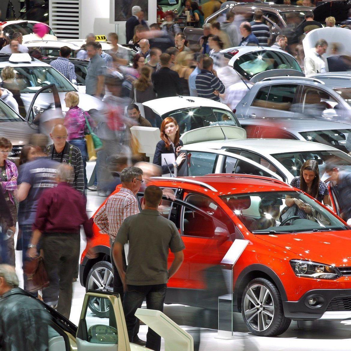 """Autos könnten """"einige hundert Euro günstiger"""" werden."""