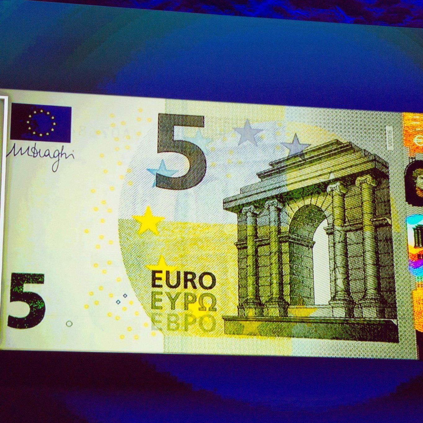 Ab 2. Mai sollen 3 Milliarden neue Banknoten in Umlauf kommen.