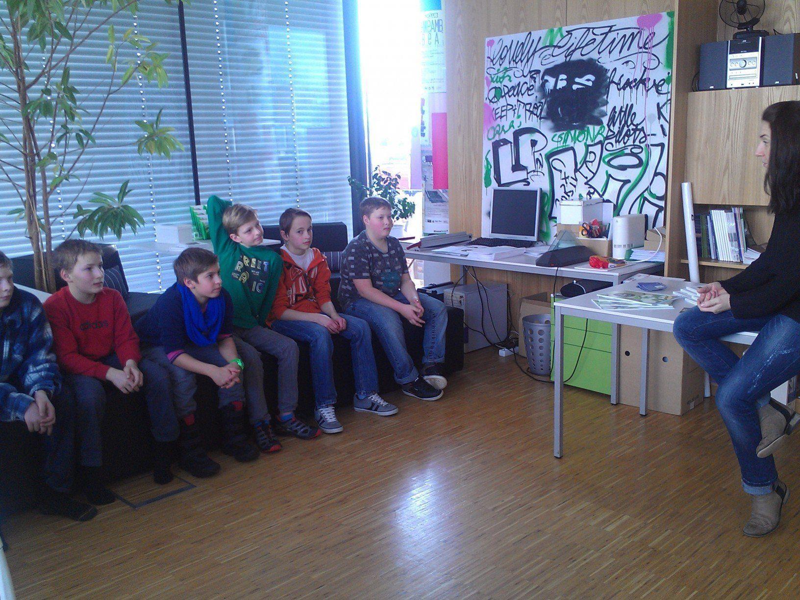 Die Jugendkoordinatorin stellte sich den Fragen der Lingenauer Schüler.