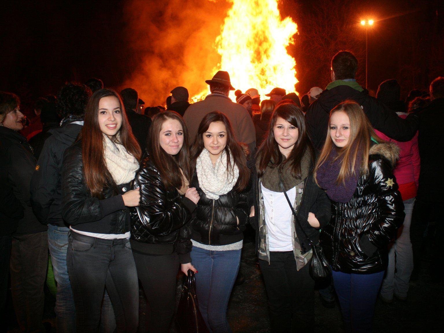 Anja, Antonella, Zara, Fabienne und Lilly beim Funken in Bregenz