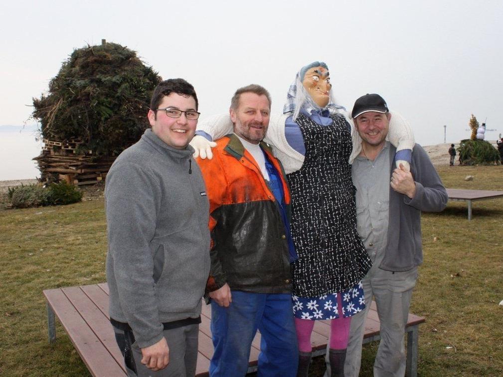 Mit Fackelzug, Kinderfunken und Feuerwerk bieten die Bäumler Funkenmeister am See ein tolles Programm.
