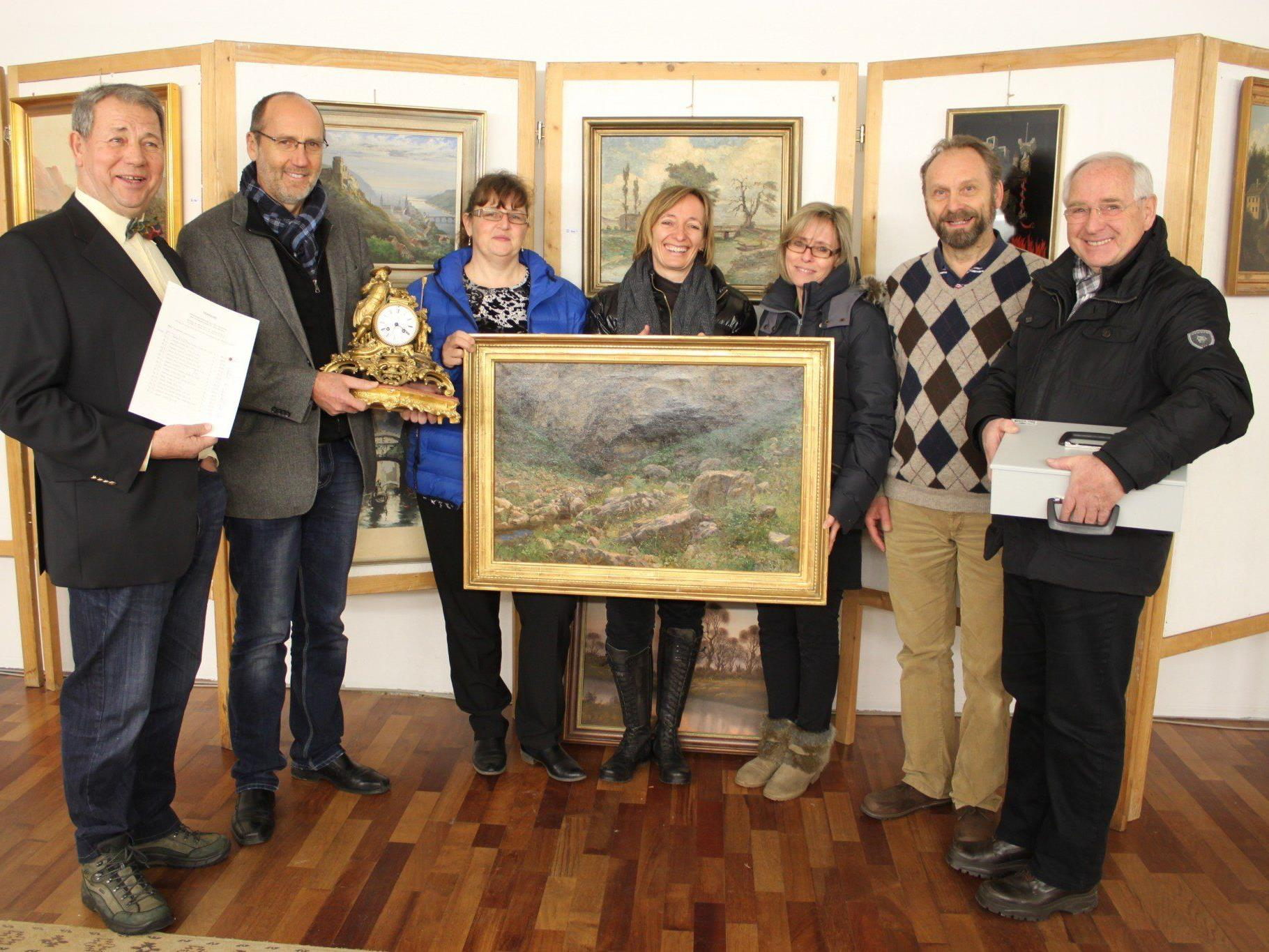 Hinter der erfolgreichen Verkaufsausstellung mit Kunstobjekten aus dem Otto-Möltner-Nachlass stand ein engagiertes Team.