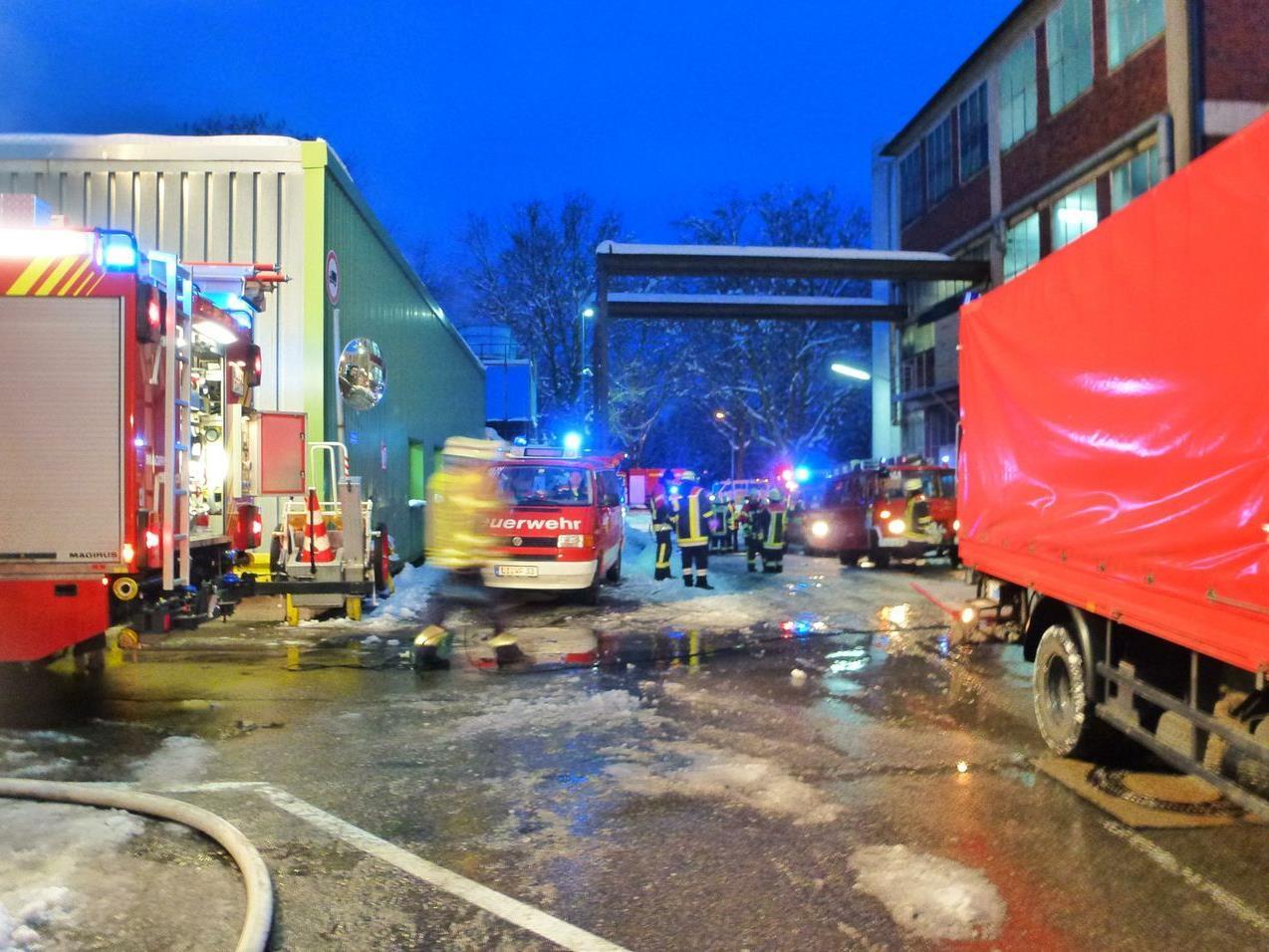 Brand in Produktionshalle einer Lindauer Lackiererei forderte zwei Verletzte.