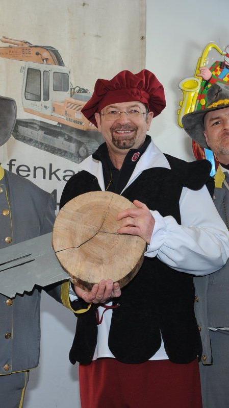 Der Schalmeienzug, mit Obmann Mario Tusch an der Spitze, freut sich über die Schlüsselgewalt.