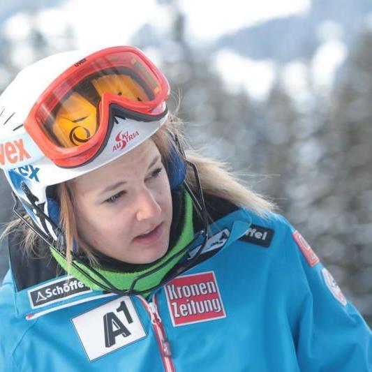 Die Bezauerin Elisabeth Kappaurer holt sich einen Stockerlplatz im FIS-Slalom.