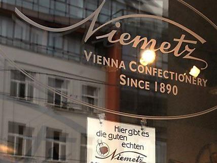 Online findet die Firma Niemetz Solidarität.