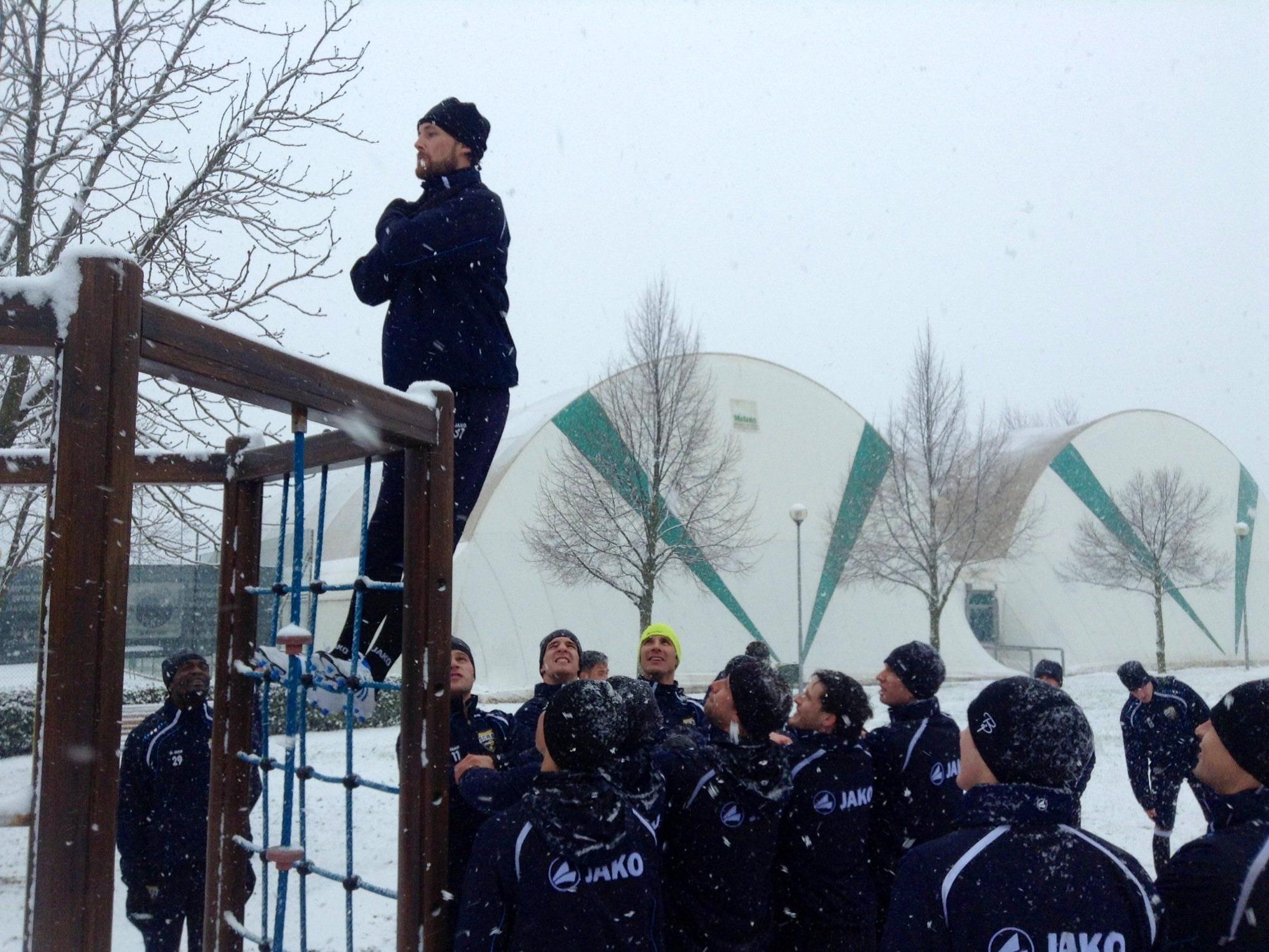 Für die Region untypische Schneefälle verunmöglichte Trainingslager des SCR Altach.