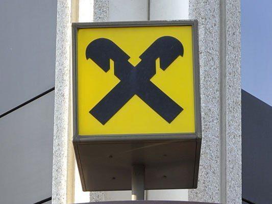 Bankomat gestohlen: Polizei bittet um Hinweise.