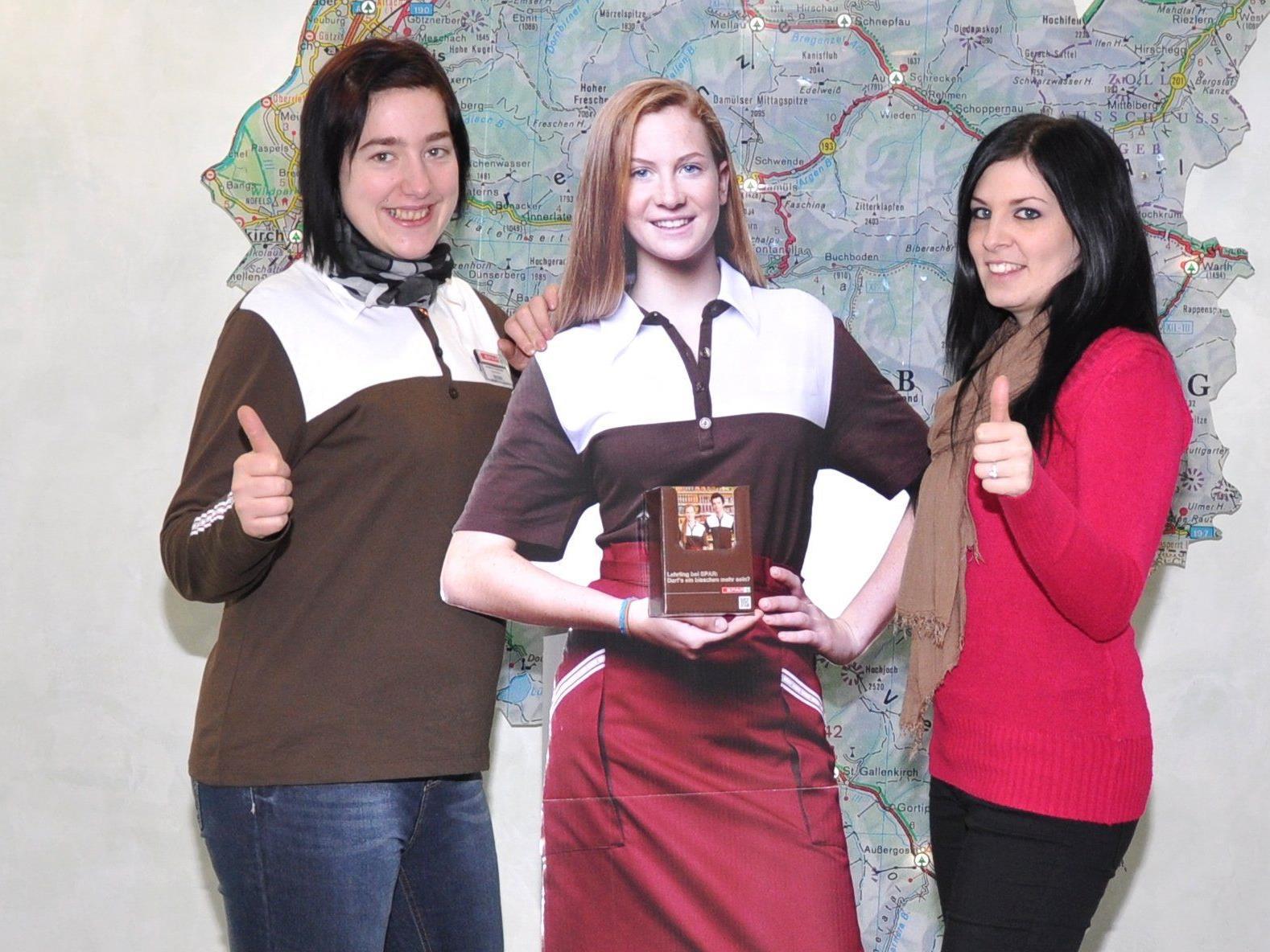 Sabrina Fitz (Lehrlingsverantwortliche SPAR-Zentrale Dornbirn) und Jennifer Hubmann (Marktleiterin SPAR-Supermarkt Dornbirn-Fischbach) haben ihre SPAR-Karriere auf ihre persönliche Weise geformt.