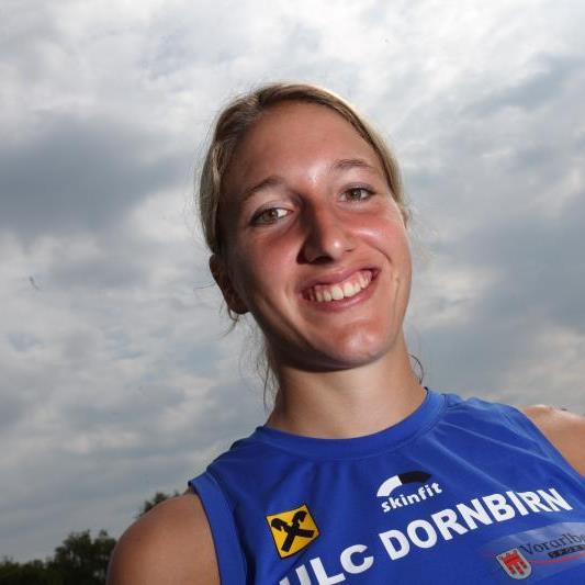 Die Dornbirnerin Raffaela Dorfer gewann den VLV-Mehrkampftitel in der Messehalle.