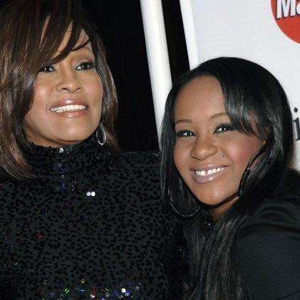 Whitney zu glücklicheren Zeiten mit Tochter Bobbi Kristina