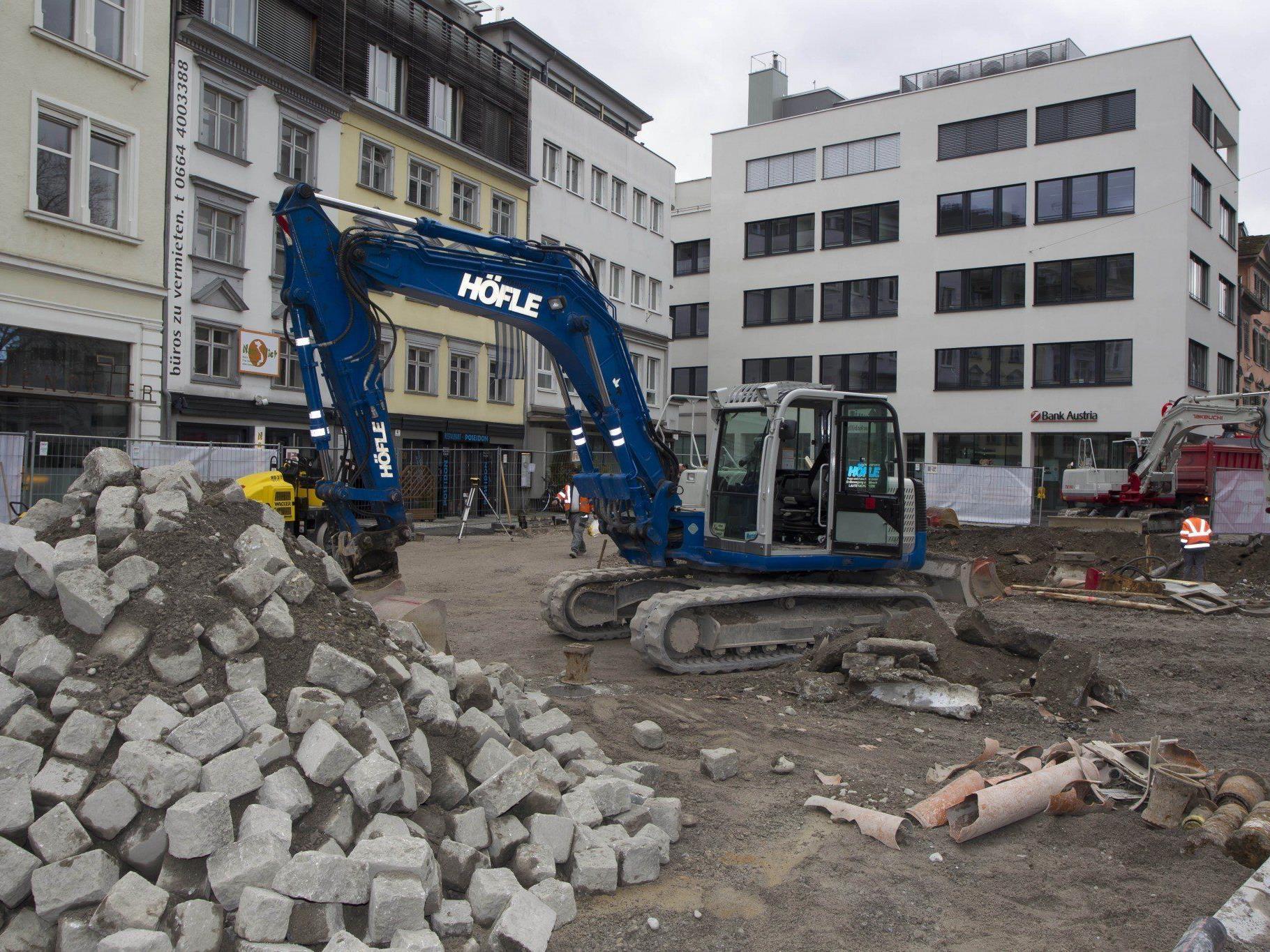 Baustelle Kornmarktplatz Bregenz: die Rathausstraße wird Anfang April unbefahrbar sein.