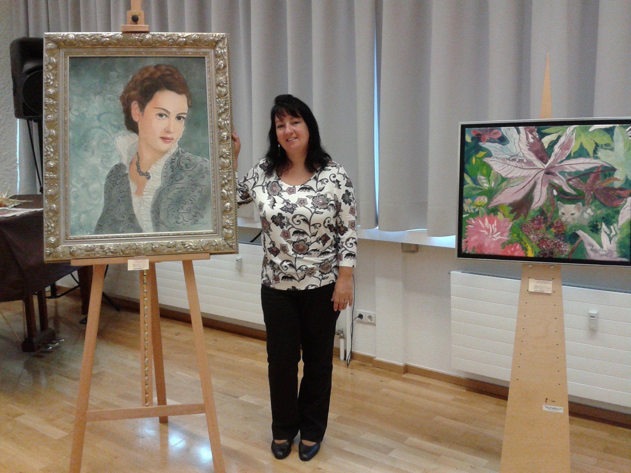 Angelika Jussel zeigt ihre Werke im LKH Feldkirch