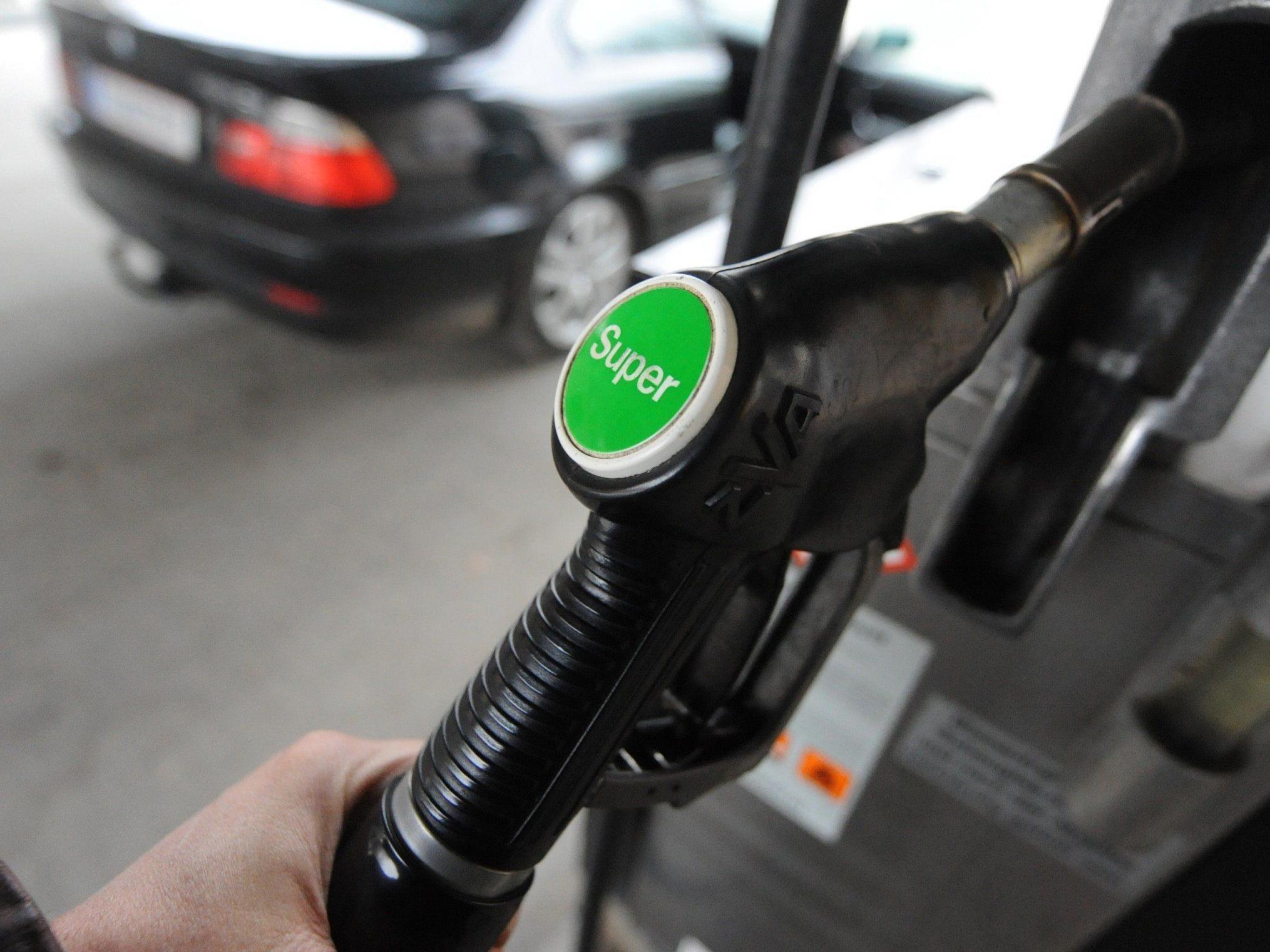 ÖAMTC: Sinkflug der Treibstoffpreise scheint zu Ende zu sein.
