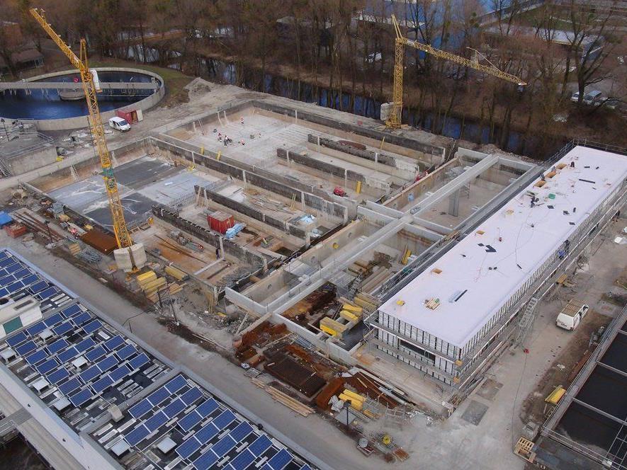 Die Bauarbeiten bei der ARA Hofsteig schreiten zügig voran.
