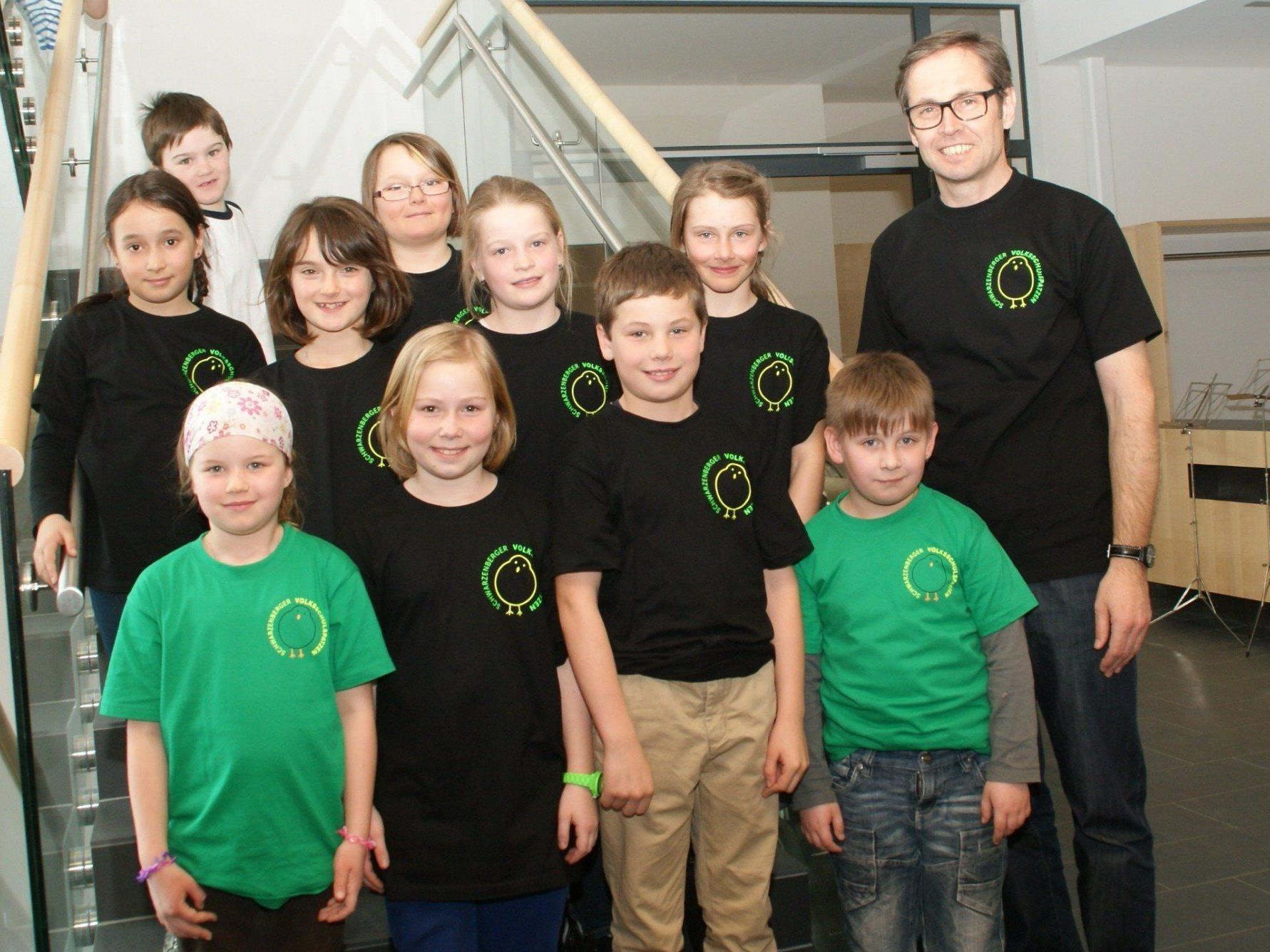 Volksschule Schwarzenberg mit Direktor Hans Moosbrugger