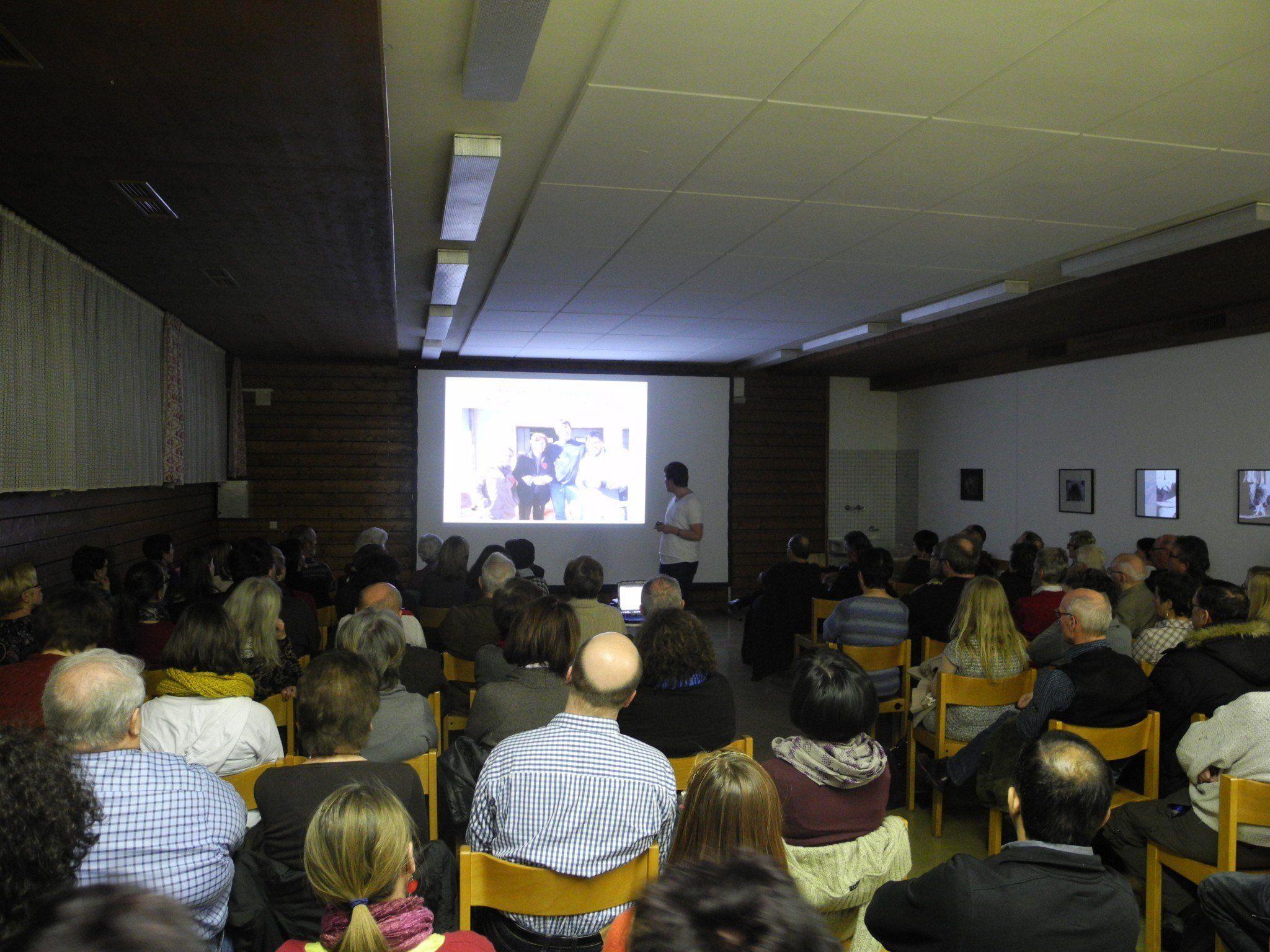 120 Gäste kamen zum Bildervortrag von Philipp Scheffknecht in Nofels