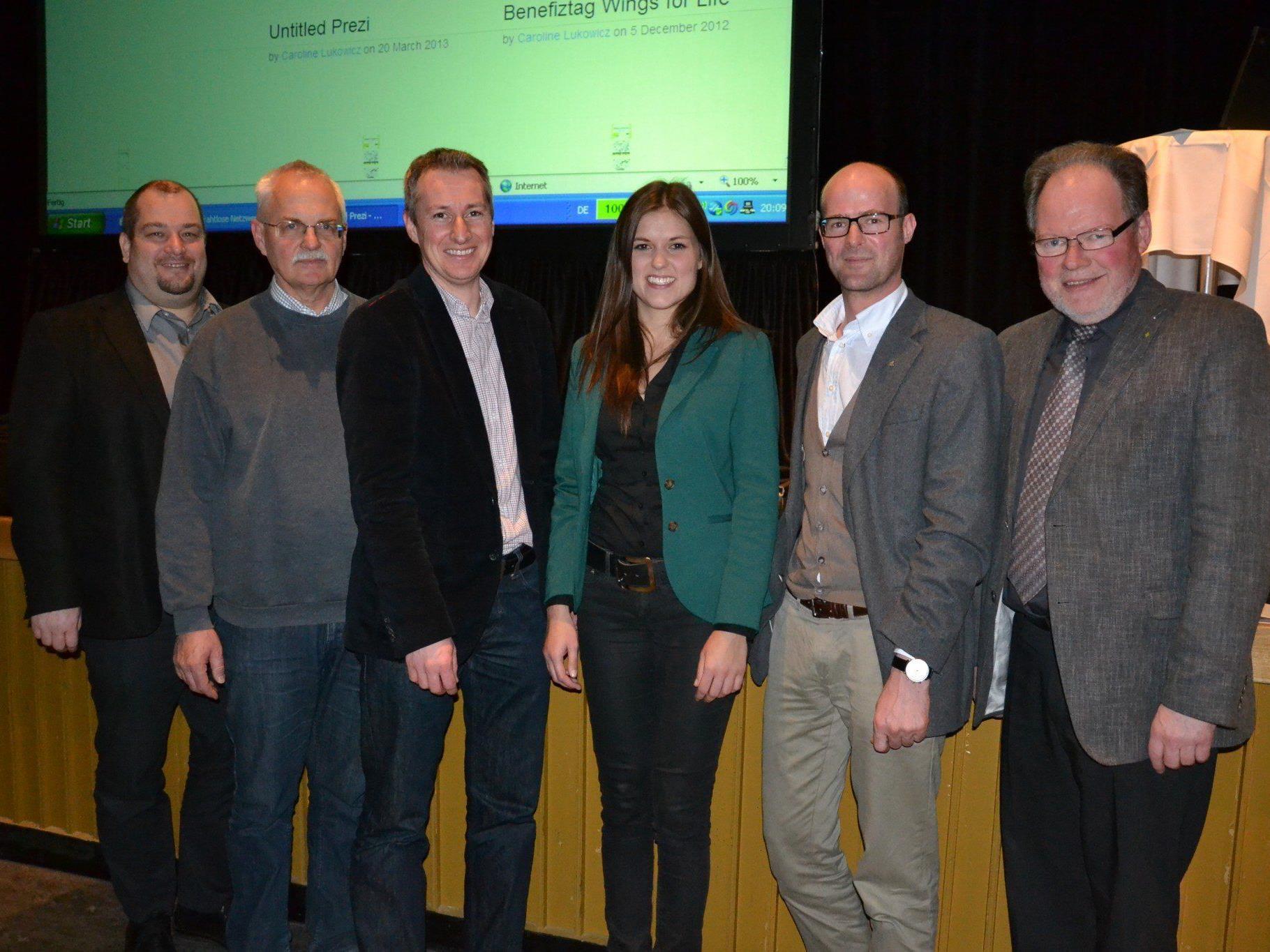 (v.l.) Die Projektverantwortlichen: Ralf Loacker (Loacker Tours), Walter Heinzle (e5 Gemeinde), Michael Stabodin, Caroline Lukowicz, Patrick Domig (AEEV) und Bgm. Werner Huber