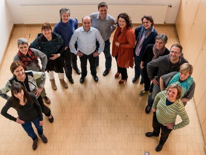 : Die AbsolventInnen der ersten Future-Coachingausbildung in Vorarlberg mit Lehrgangsleiter Wolfgang Steger und Co-Trainerin Gerda Schlacher.