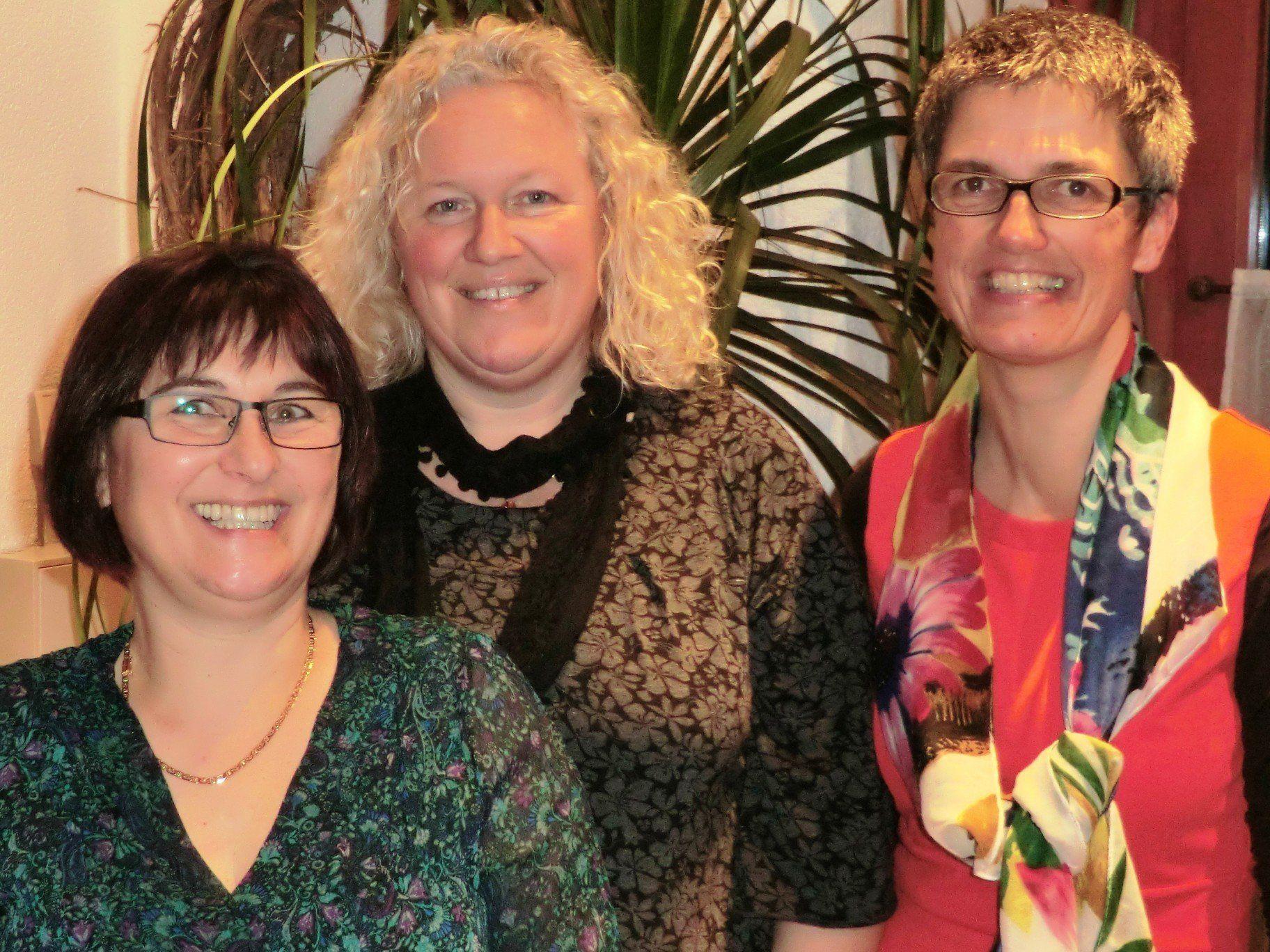 DGKS Gabriele Forster, DGKS Isabella Mödritscher und DGKS Eva Thaler (Pflegeleitung), von links nach rechts.