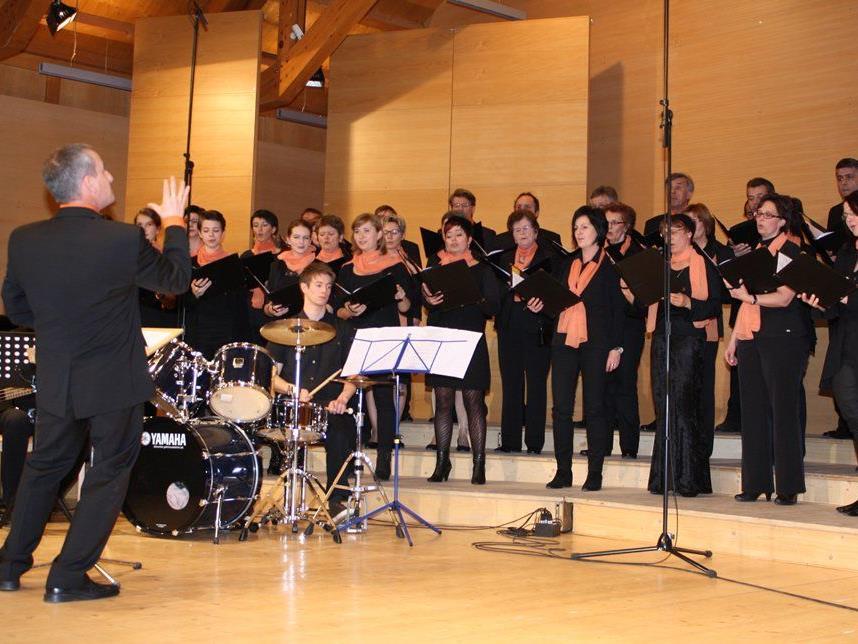 Bregenzerwälder Sänger begeisterten beim Chorfenster in Schwarzenberg.