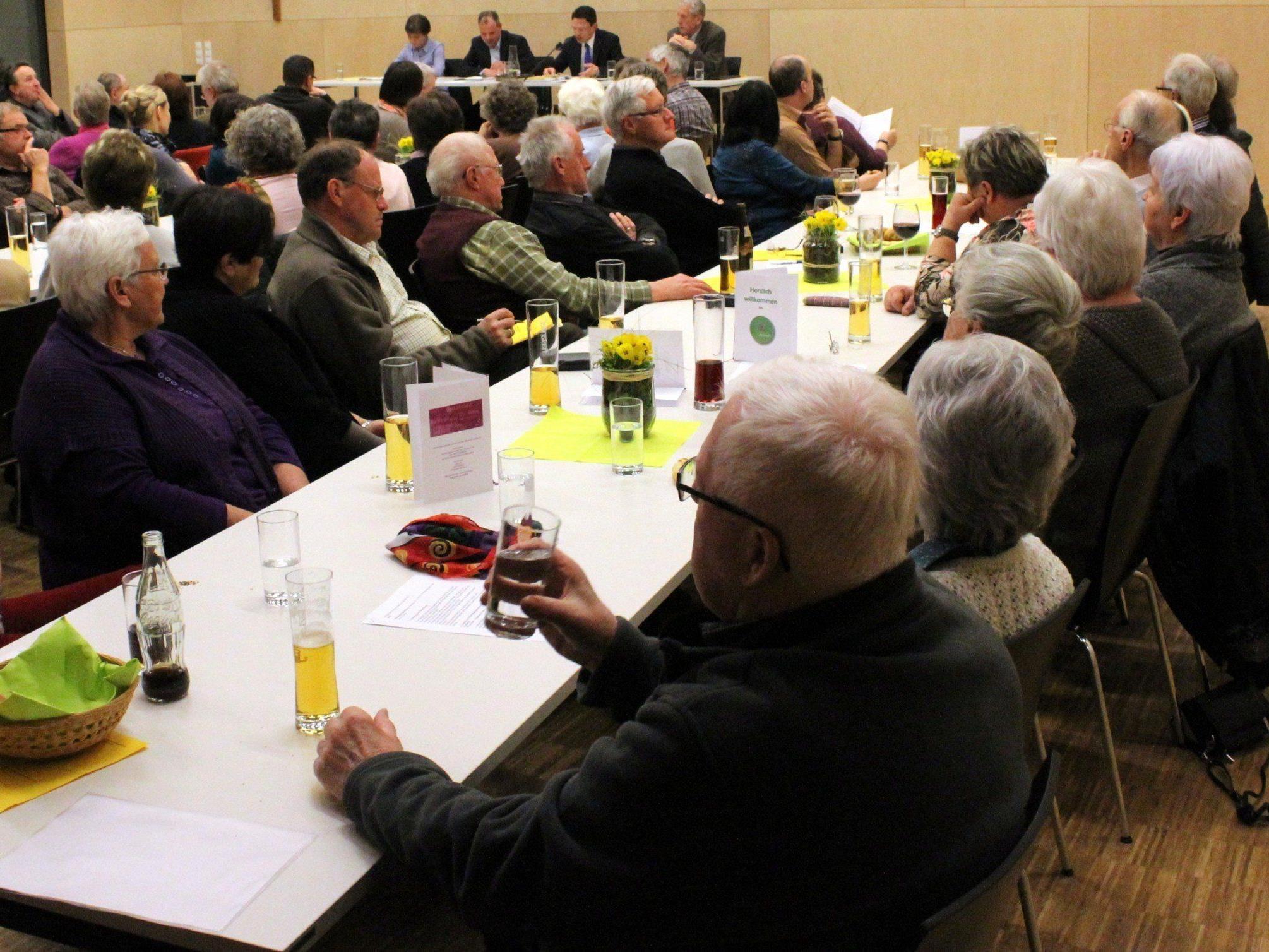 Zahlreiche Besucher waren der Einladung zur Generalversammlung gefolgt.