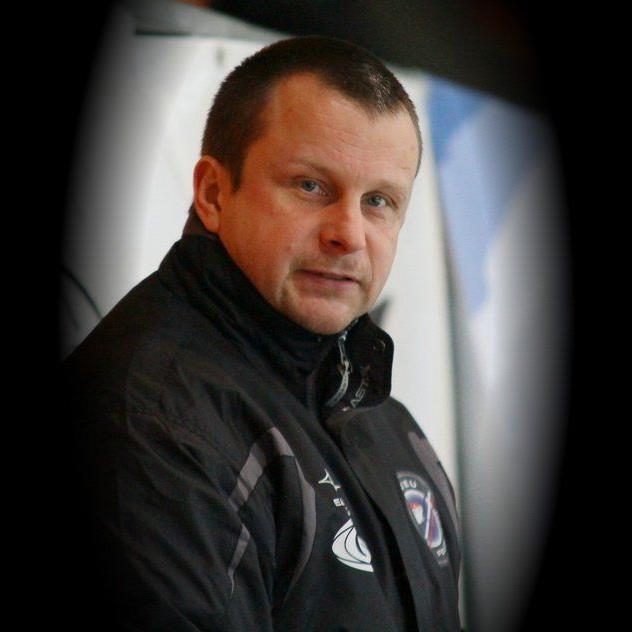Michael Lampert ist auf der Suche nach einem neuen Trainer und Nichtösterreichern.